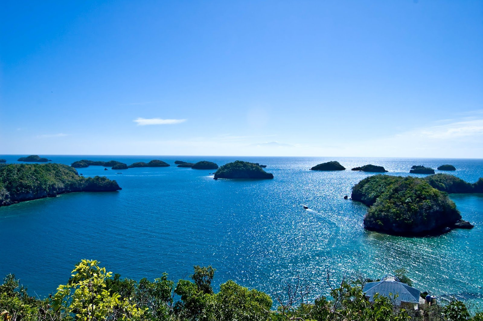 Hundred Islands Tour