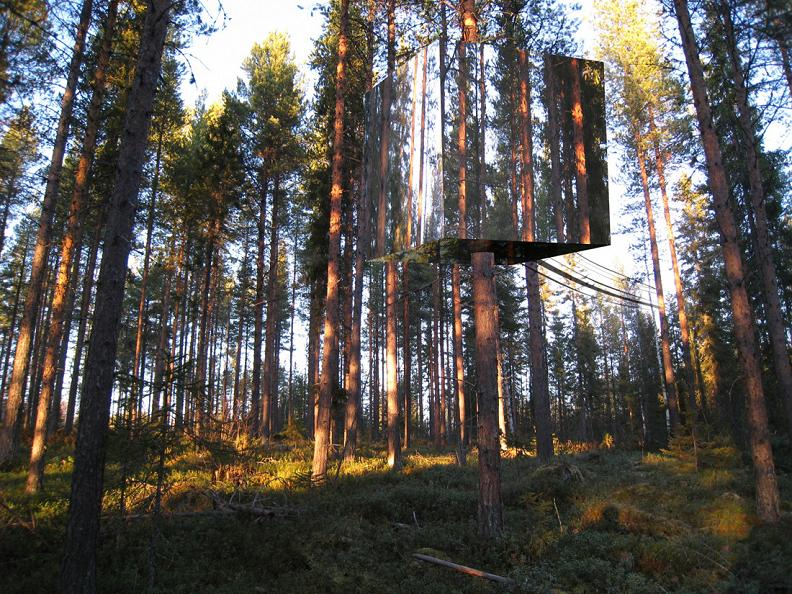 Mirrorcube: Sweden's Invisible Treehotel Room