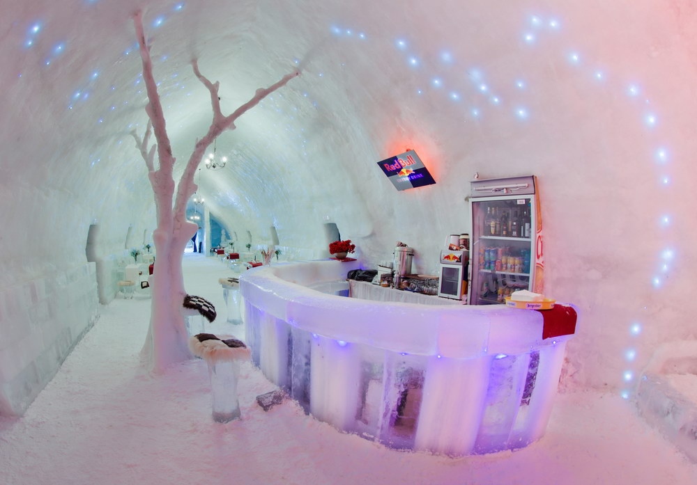 Hotel of Ice Brings Winter Fun and Adventure in Romania