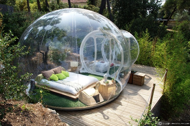 Attrap Reves Bubble Hotel Lets You Sleep with Nature