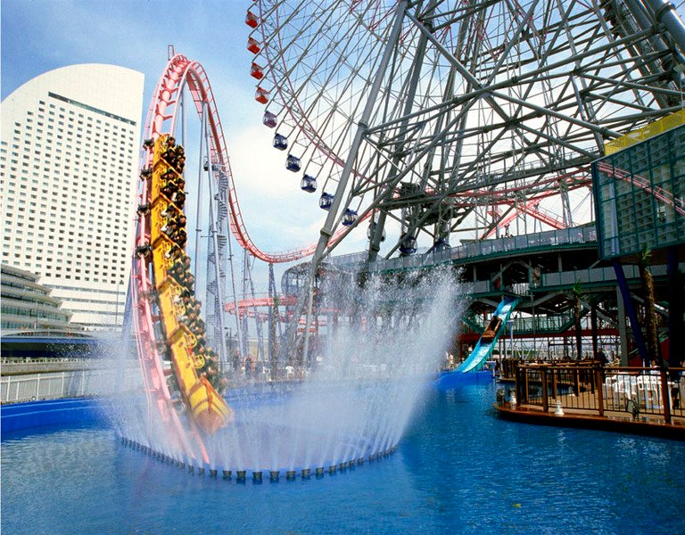 Vanish Roller Coaster In Yokohama Japan Goes Underwater