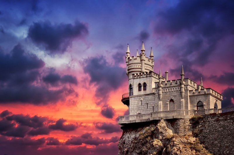 Swallow S Nest A Neo Gothic Castle Over The Crimean Sea