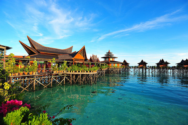 8 Luxurious Water Villas in Malaysia For Your Next Vacation