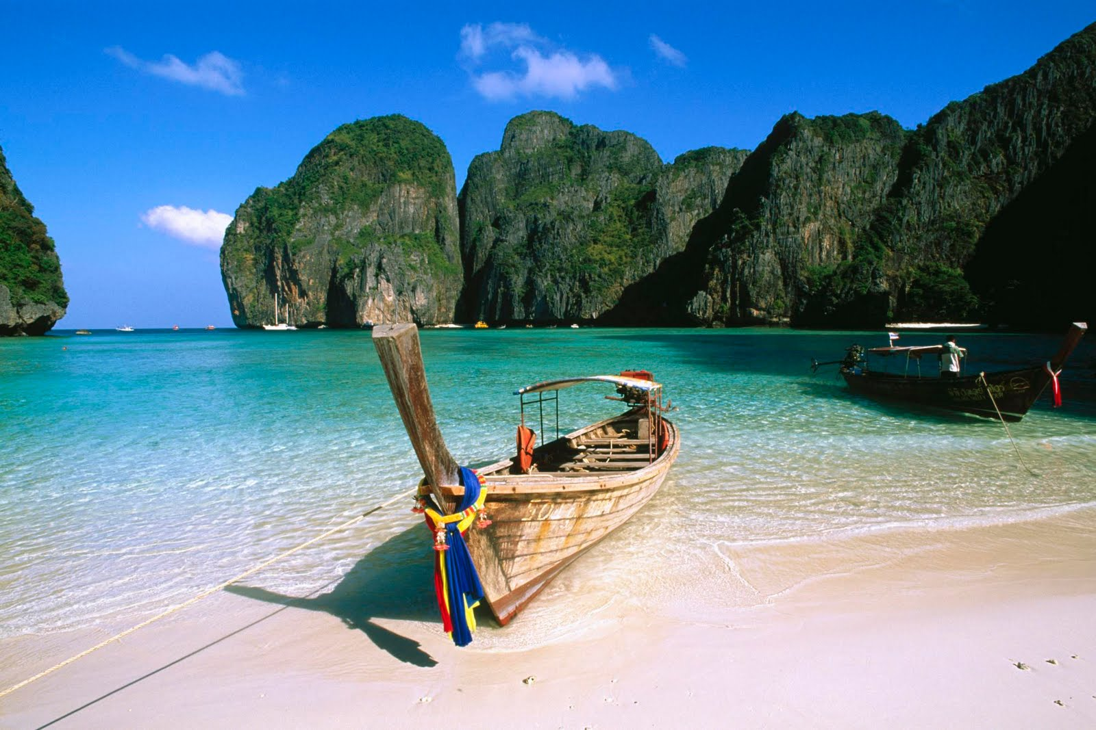 reasons to love thailand