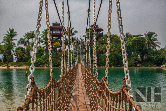 sentosa suspension bridge