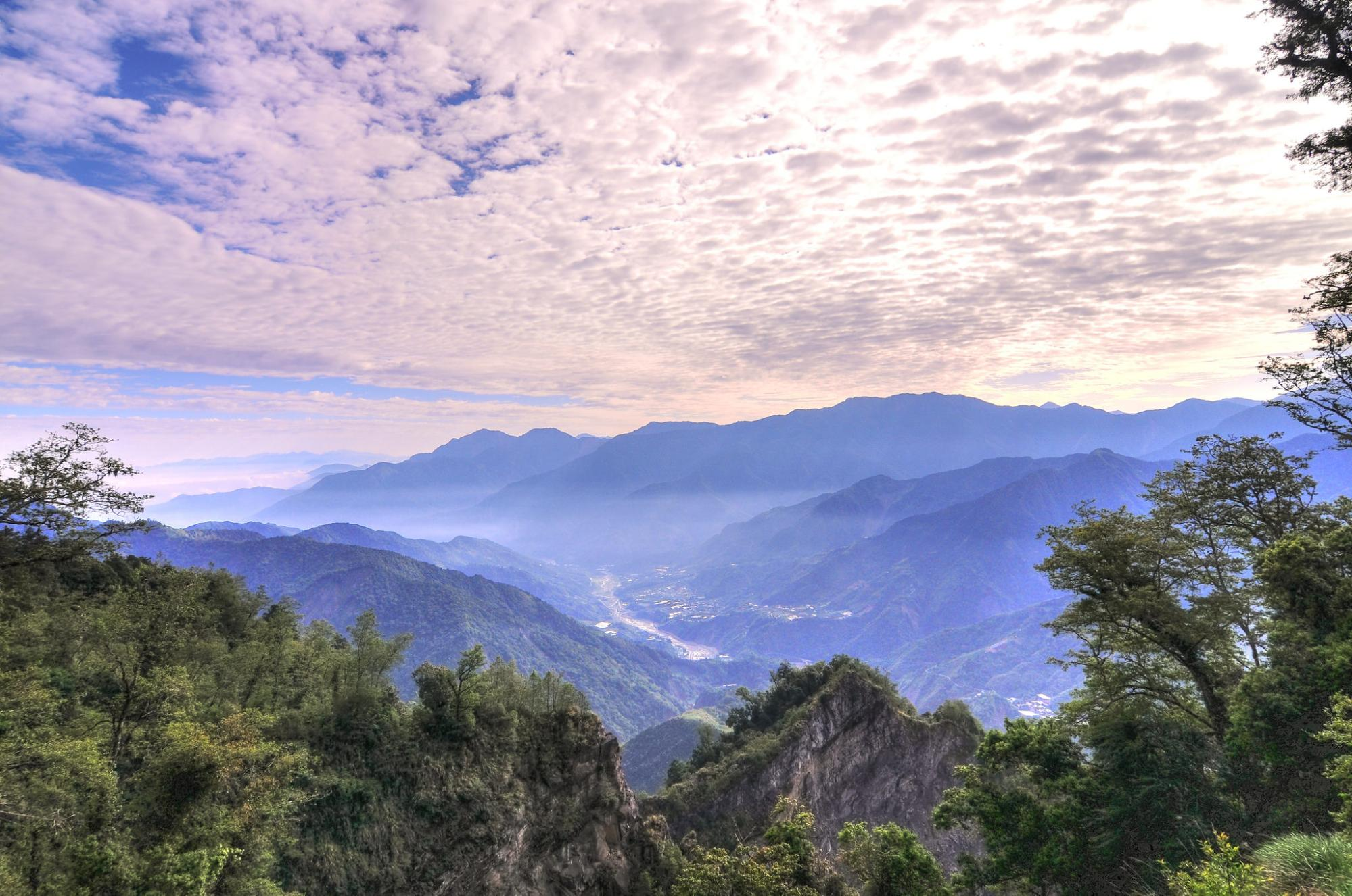 10 Mountains To Climb In Taiwan With The Most Incredible Views